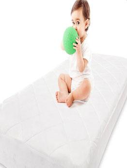 嬰兒隔尿墊.jpg